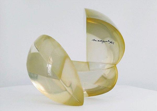 Chico Niedzielski - Escultura Geométrica Abstrata em Acrílico, Assinada