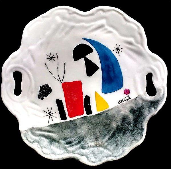 M. Vidigal - Prato Decorativo Pintado a Mão, Homenagem a Miró, Assinado