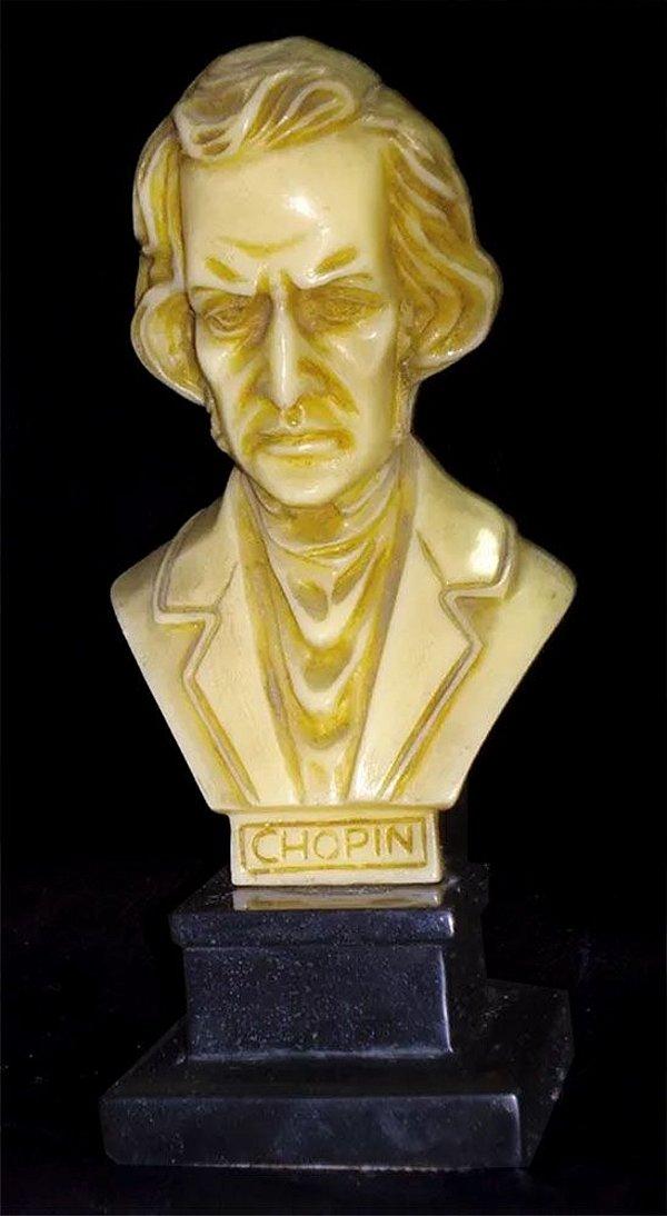 Escultura Antiga, Busto de Chopin, Base de Madeira