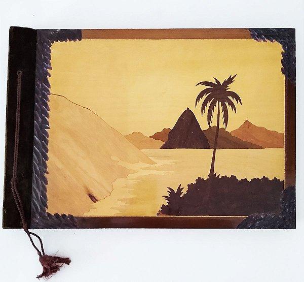 Grande Álbum Para Fotografias,  Marchetaria com Imagem do Rio Janeiro - 43x31cm