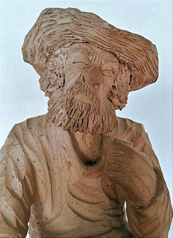Escultura de Barro Cozido - Vendedor De Cacau