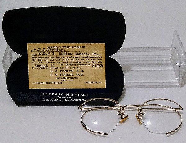 Óculos Antigos Sextavados Marca Shuron com Banho de Ouro 12k