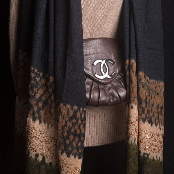 Pashmina 100% Lã da Kashmira Tie Dye e Bordado de Lantejoulas Douradas