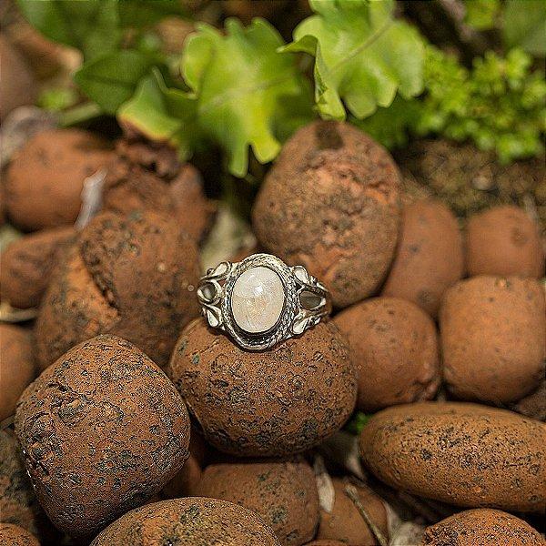 Anel Prata Yahvi (4 Opções de Pedra Disponíveis)