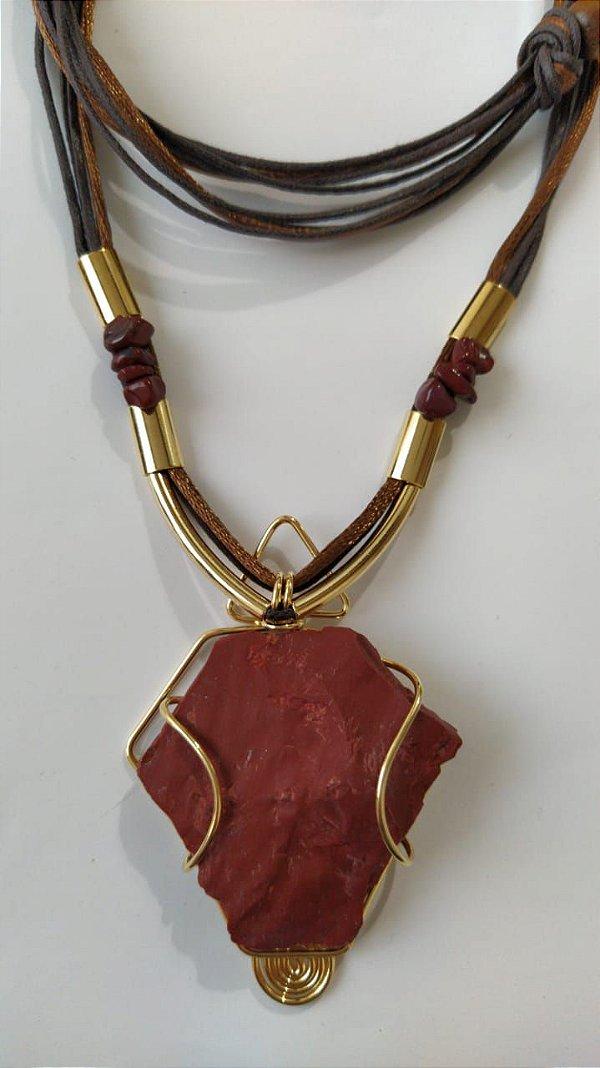 colar folheado a ouro pedra Jaspe