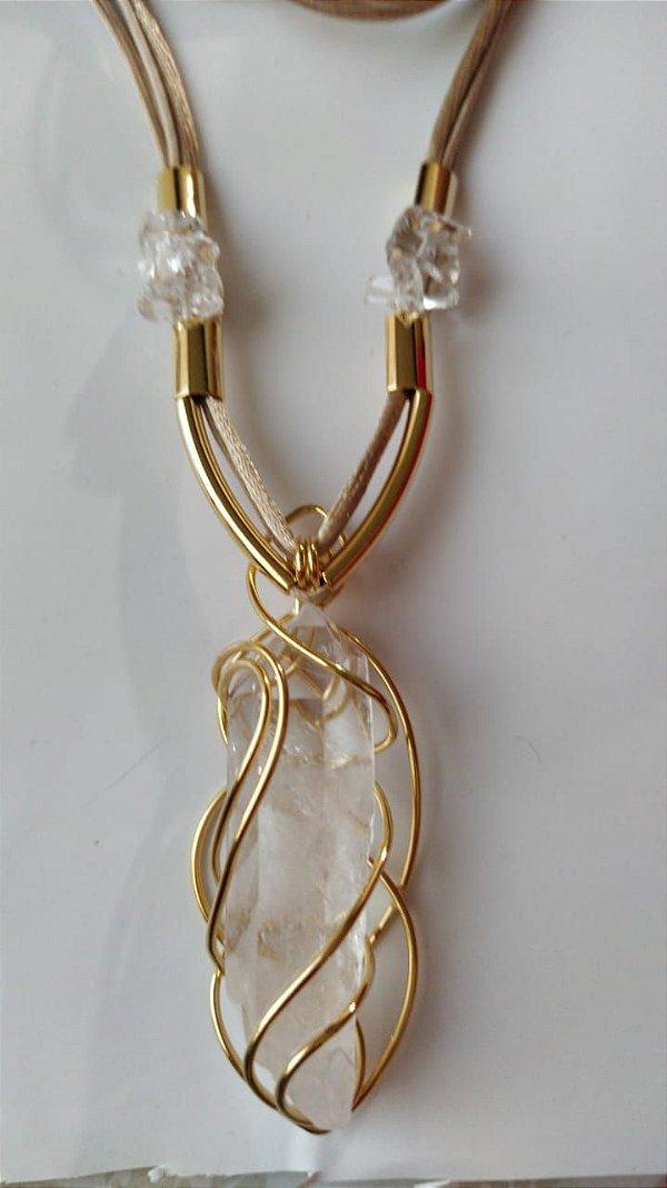 colar folheado a ouro cristal natural