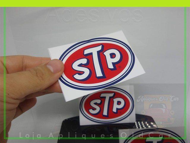 Adesivo STP - Tamanho Pequeno (9cm_x_6cm) - Adesivo Decoração Old, Vintage, Retrô, Hot.