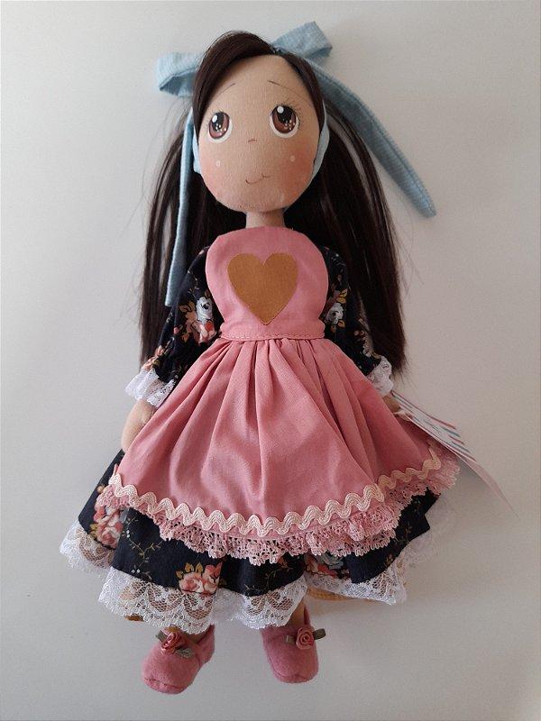 Boneca de pano artesanal rosa