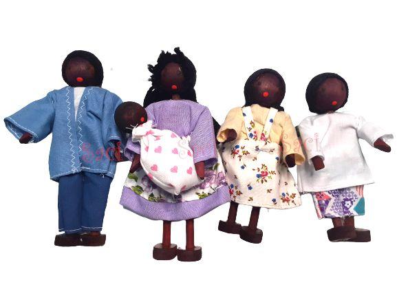 Kit Bonecos Familia Negra com Bebe (5 bonecos)