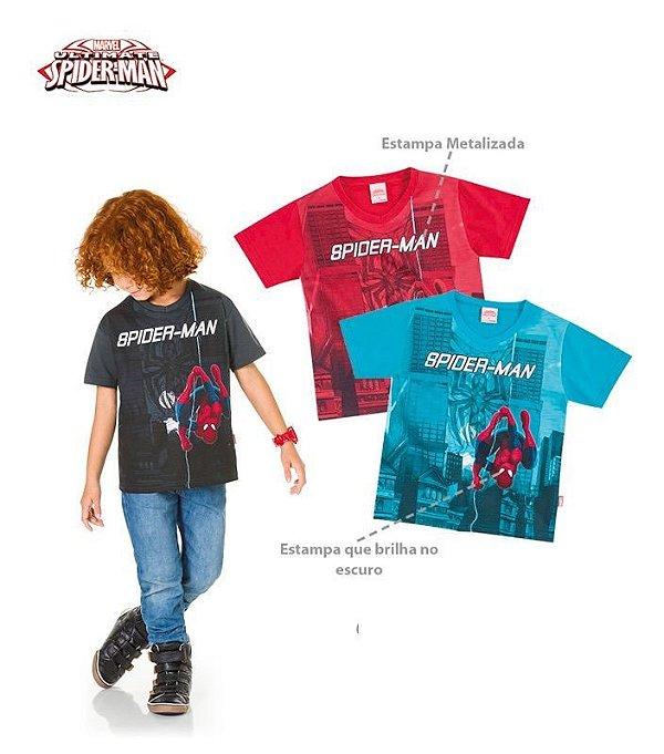 Camiseta malha Spider Man com detalhes que brilha no escuro