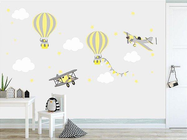 Adesivo Parede Infantil Balão e Avião em Cinza e Amarelo