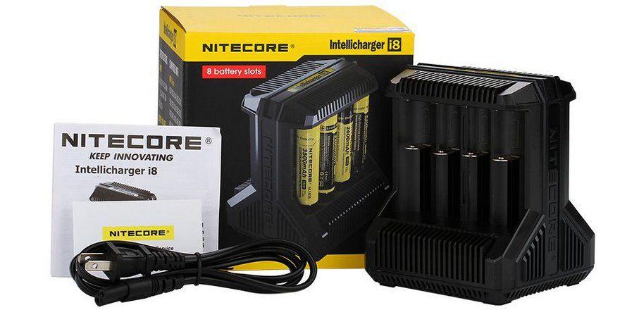 Carregador de Baterias i8 c/ 8 Slots - Nitecore®