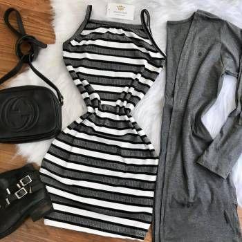 Vestido Listrado Cinza e Branco