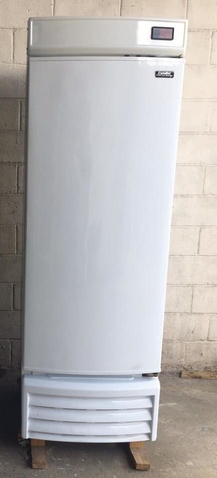 CERVEJEIRA ESMALTEC PORTA CEGA CV520