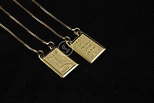 Escapulário Veneziana Deus É Fiel - 70cm - Medalha 1,0 X 1,4cm - 5g - Banhado a ouro 18k