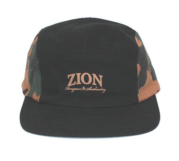 Boné Five Panel Zion Camuflado Verde Escuro (escrita)