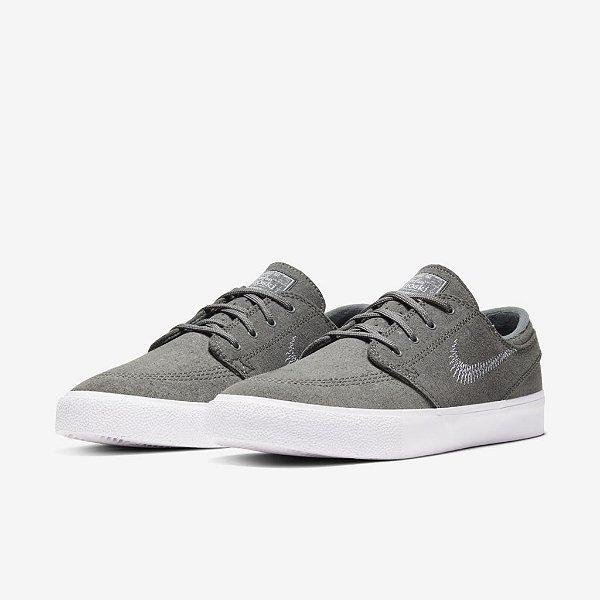 Tênis Nike SB Zoom Stefan Janoski FL RM Unissex - Sagrada Skate Shop  Roupas   Tênis   Acessórios