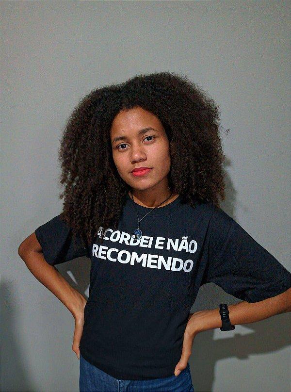 """Camiseta """"Não recomendo,New"""""""