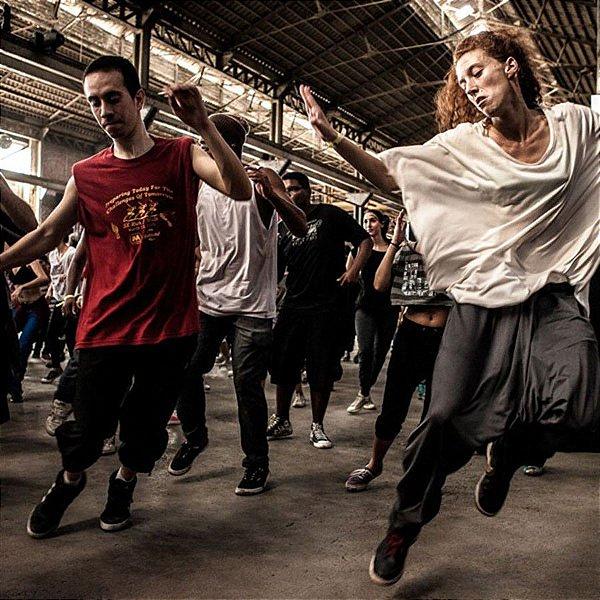 DANÇAS URBANAS: vivências práticas no Hip Hop