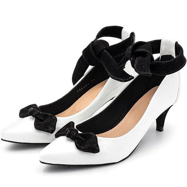 Sapato Scarpin Com Laço Salto Alto Fino Em Napa Verniz Branca Outlet