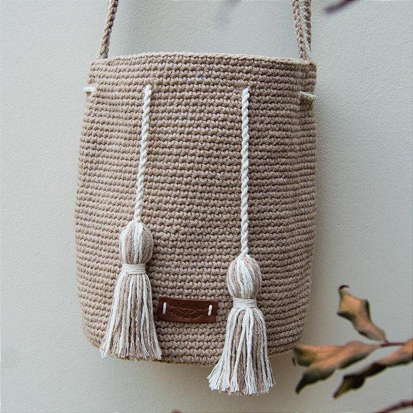 Bolsa Saco Feminina de Crochê com Tassel