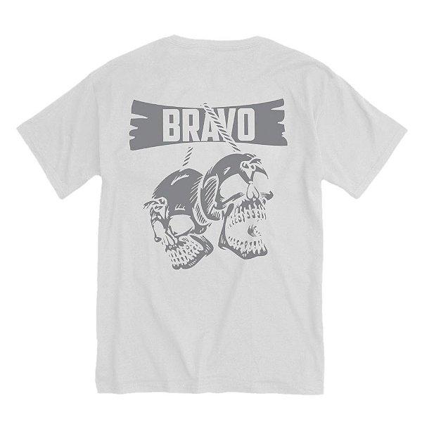 Camiseta Estampada Caveiras
