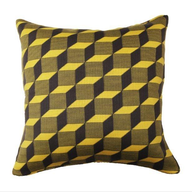 Almofada Cubos Cinza e Amarelo