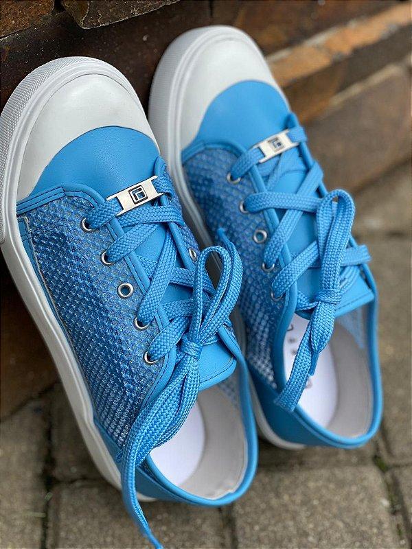 Tênis Estiloso e Confortável na cor tendência do momento Azul