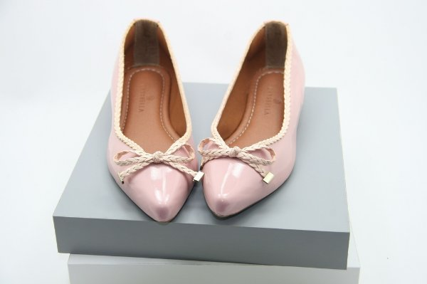 Pointed Sweetie Vintage - Cotton Candy