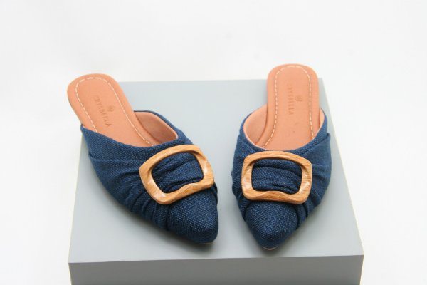 Mule Wood - Blue Jeans