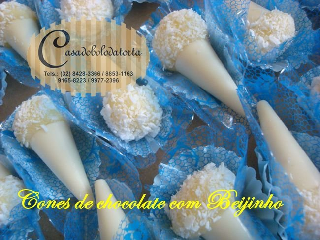 CONES DE CHOCOLATE RECHEADOS FINOS