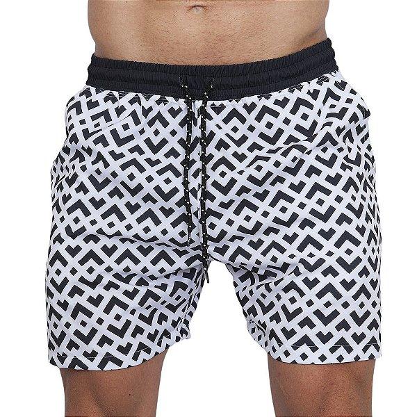 Shorts Tactel Masculino Geométrico Preto e Branco