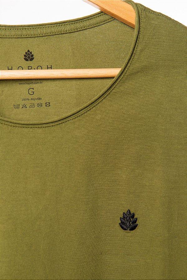 Camiseta Bordada Verde Musgo