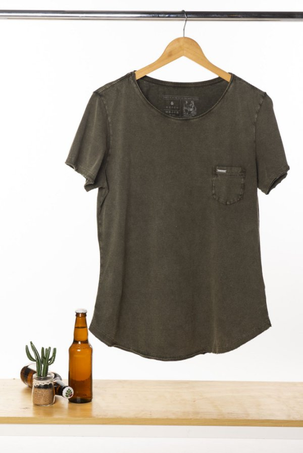 Camiseta Feminina Hop.oh Com Bolso Marmorizada - Verde Musgo
