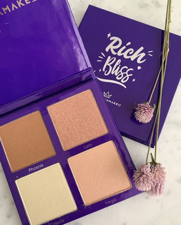 Paleta de Iluminador by Mari Maria Makeup Rich Bliss 28g