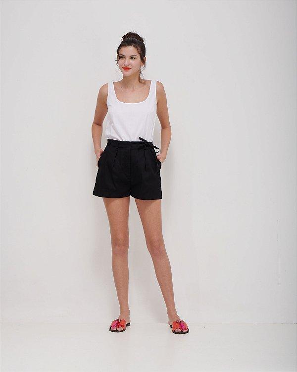 Shorts Laço Lateral em Sarja