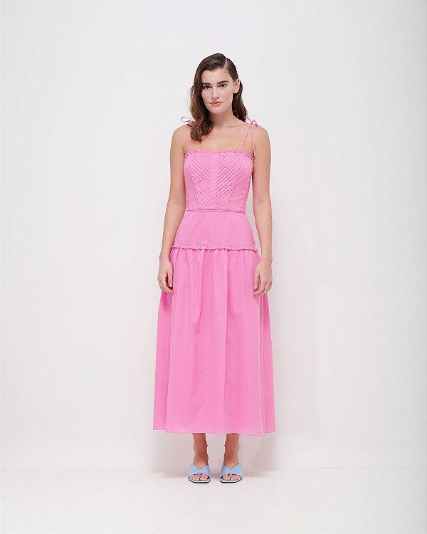 Vestido com mini pregas acabamento em ponto ajour em Tricoline Premium