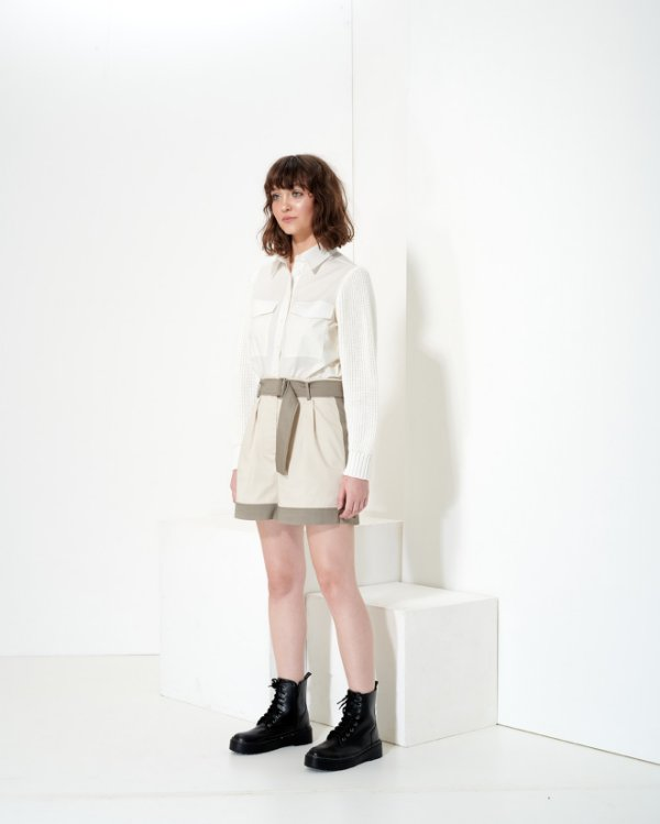 Shorts 2 Colors em Sarja