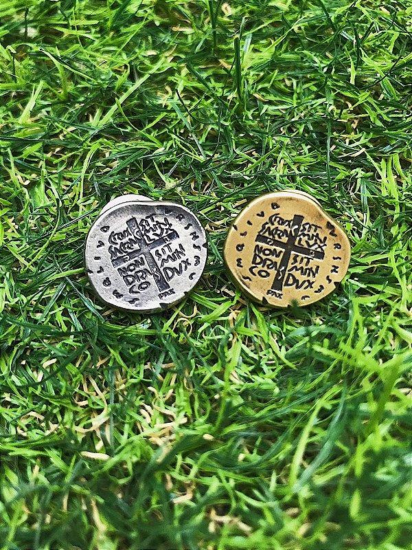 Broche Medalha Das Duas Cruzes