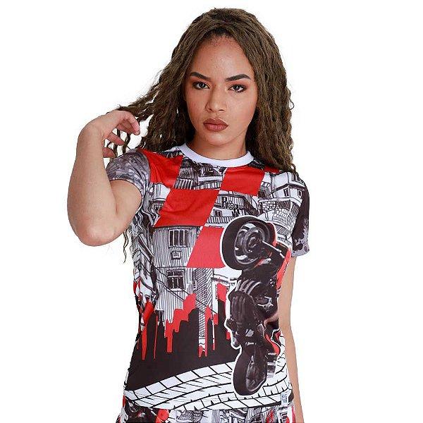 Camiseta Feminina 244 Na Favela