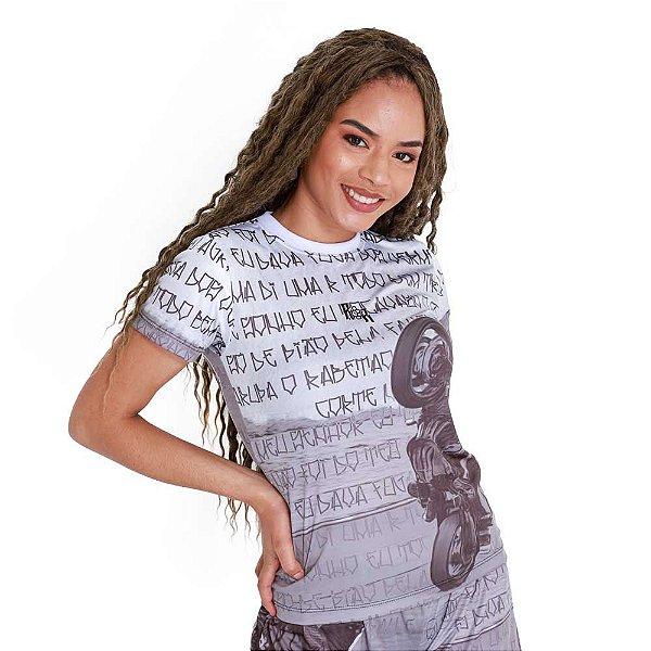 Camiseta Feminina Grau de Vila