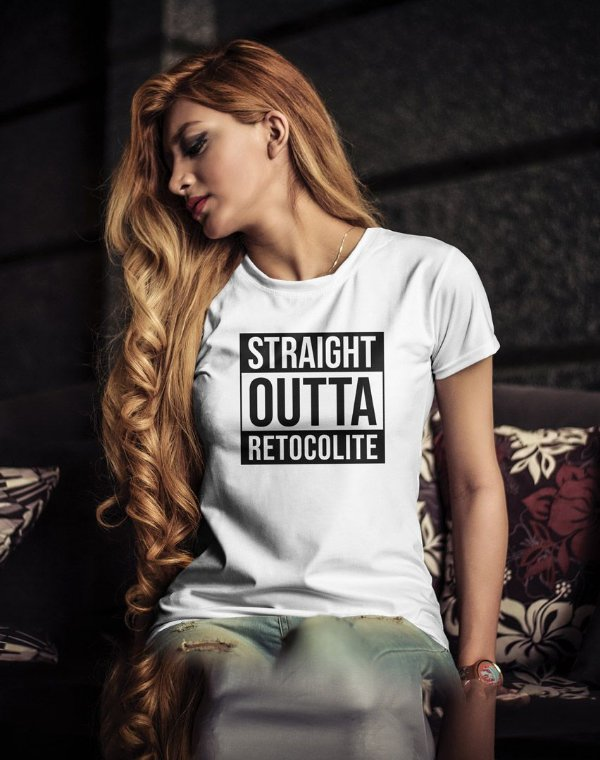 Camiseta Baby Look Straight  Outta Retocolite