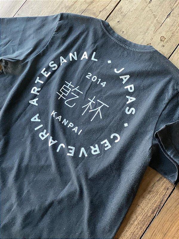 Camiseta Kanpai Preta