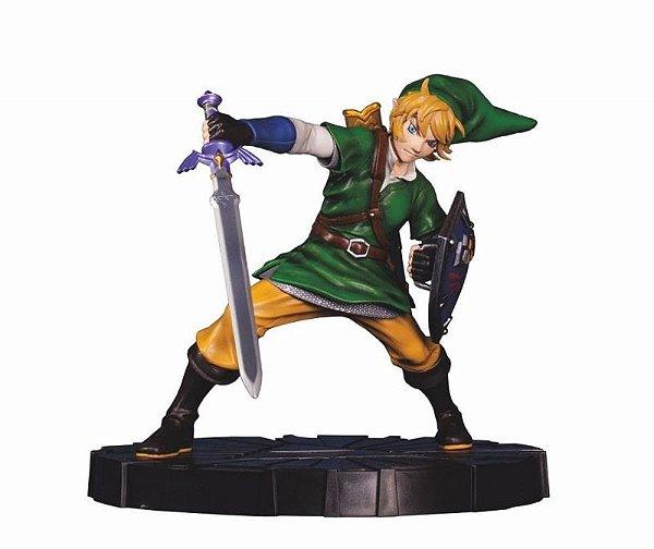 Skyward Sword Link - Legend of Zelda Dark Horse Deluxe