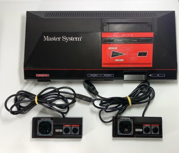 Console Master System Sega (com caixa)