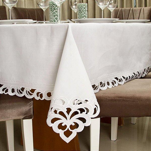 Toalha de Mesa Richelieu Branco 180x180cm
