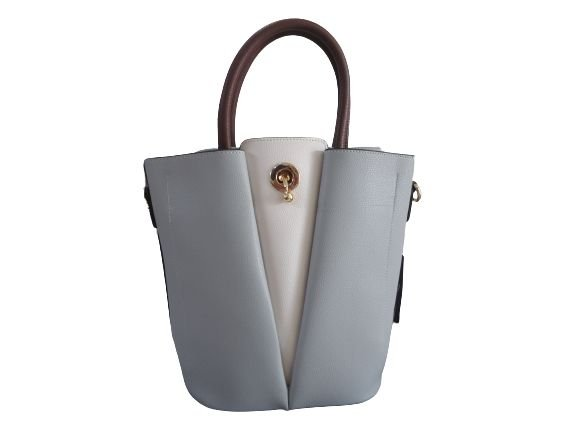 Bolsa cinza com branco, estilo diferenciado