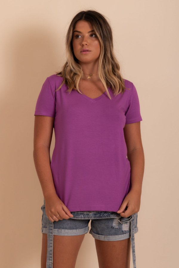 Camiseta Malta cor roxa
