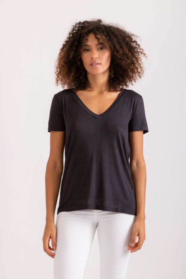 Camiseta Tata preta