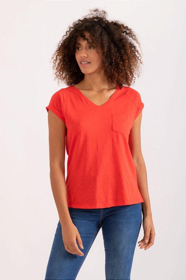 Camiseta Pochê vermelho